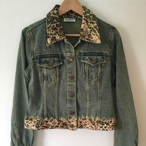 Newport News Jeanology Denim Jacket Size 6